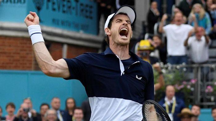Andy Murray comeback dengan menjuarai Queens Club di nomor ganda putra. (Foto: Tony OBrien / Reuters)
