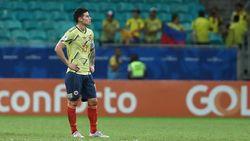 James Rodriguez Menjauh dari Napoli