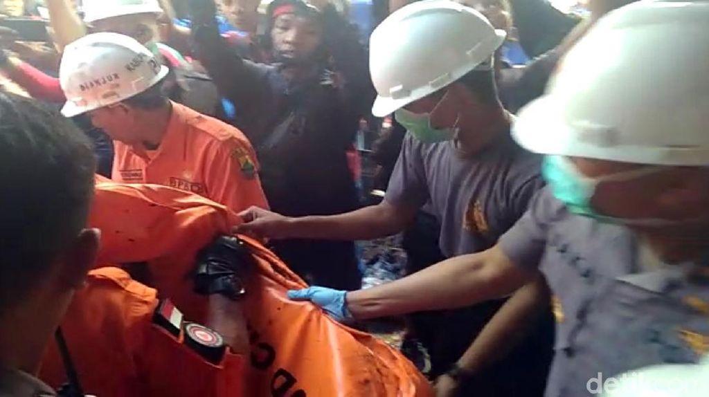 Kebakaran Toko Kembang Api di Cianjur, 1 Orang Tewas Terpanggang