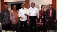 Luhut: Jangan Dibesar-besarkan Kasus Pak Wiranto, Sudah Selesai