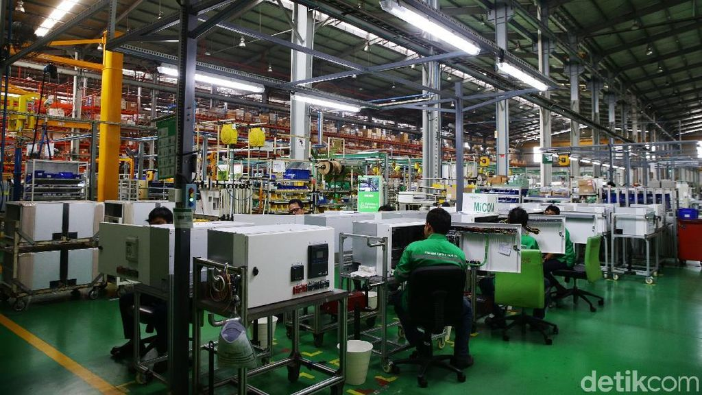 Saran ke Jokowi: Bangun Infrastruktur Dibarengi Industri Manufaktur