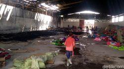 Gudang Kasur dan Bantal di Karangtengah Cianjur Hangus Terbakar