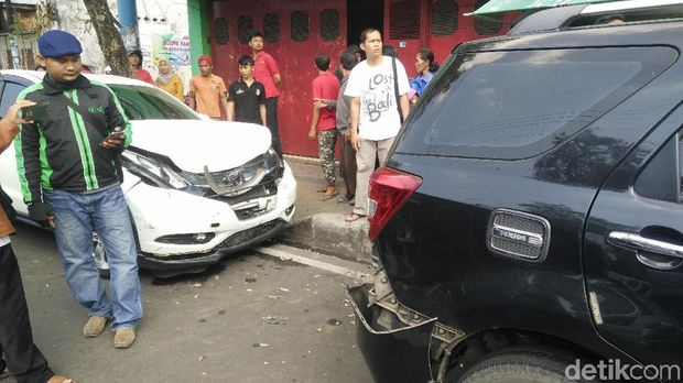 Lokasi kecelakaan karambol di Purwokerto.