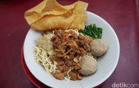 Manjakan Lidah dengan Kuliner Enak di Sekitar 5 Halte MRT