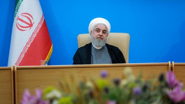 Iranian President Hassan Rouhani is seen during meeting with health ministry top officials in Tehran, Iran, June 25, 2019. Official President website/Handout via REUTERS ATTENTION EDITORS - THIS IMAGE WAS PROVIDED BY A THIRD PARTY. NO RESALES. NO ARCHIVES