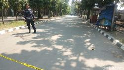Polisi Pasang Garis Polisi di TKP 3 Warga Cilegon Dibacok