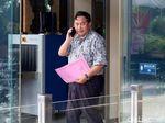 Gaya Eks Wabup Lampung Utara Usai Diperiksa KPK