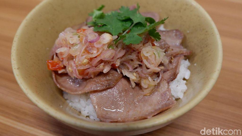 Ke Tanjung Duren Bisa Mampir Makan Daging Asap dan Rice Bowl Kekinian