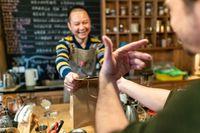 Pengunjung Dapat Diskon Jika Bisa Bikin Pemilik Restoran Tertawa