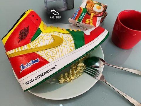 Cerita di Balik Sneakers Nike Air Jordan x Indomie yang Viral