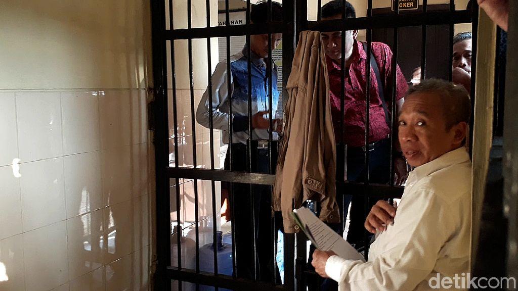 Qomar Ditangkap atas Dugaan Pemalsuan Ijazah, Jarwo Kwat Kaget