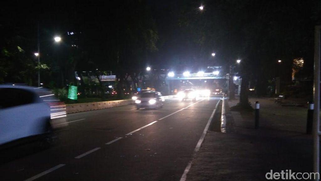 Massa Aksi Kawal MK di Patung Kuda Bubar, Lalin Lancar