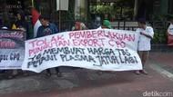 Gelar Demo, Petani Minta Luhut Cabut Pungutan Ekspor Sawit