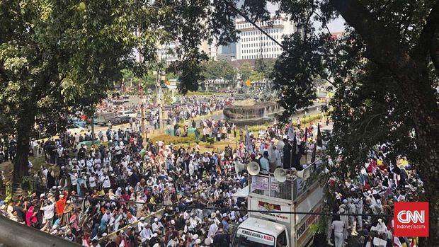 Aksi Tahli 266 di Patung Kuda, Jakarta, Rabu (26/6).