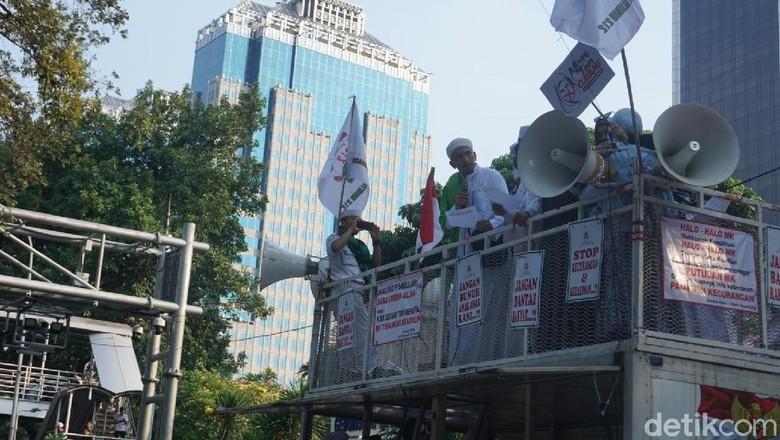 Aksi Kawal MK Ditutup dengan Baca Petisi Kedaulatan Rakyat, Ini Isinya