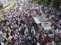 Apakah Aksi Massa Kawal Sidang MK Ganggu Ekonomi RI?