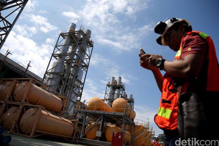 Dengan total kapasitas daya yang mencapai 1274 Megawatt, PLN UID Bali menargetkan pertumbuhan kelistrikan mencapai 6 persen pada tahun 2019.