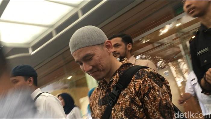 Ustaz Felix Siauw seusai ceramah di Masjid Balai Kota DKI. (Foto: Arief/detikcom)