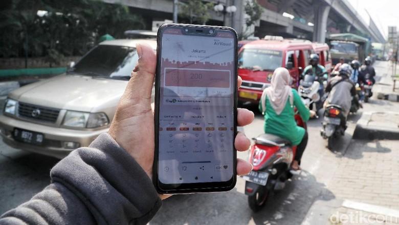 Polusi udara Jakarta Foto: Pradita Utama