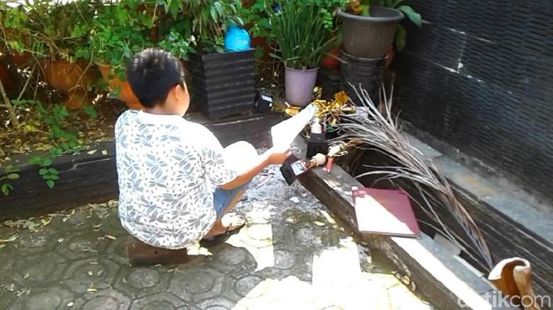 Kecewa, Siswa SD Berprestasi di Pekalongan Bakar Piagam