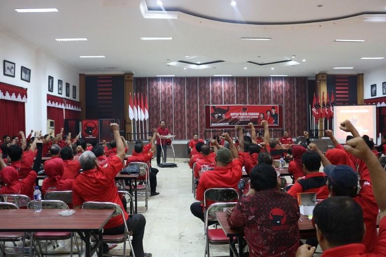 PDIP Semarang Usung Hendrar Prihadi Hingga 2024