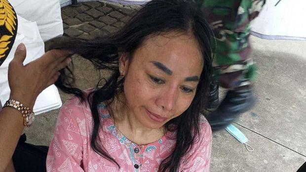 Polisi Periksa Kejiwaan Wanita Peneriak Ingin Ketemu Jokowi