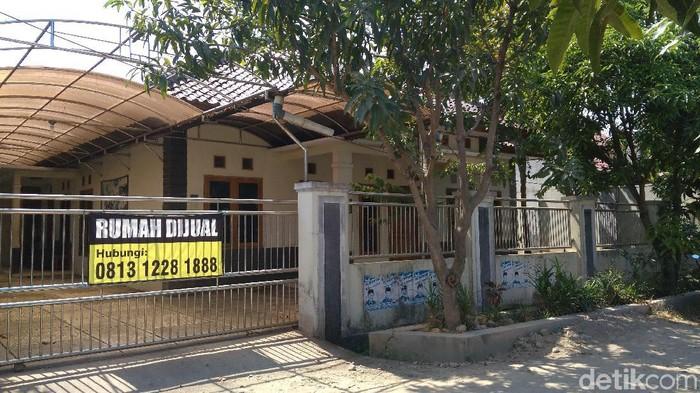 Rumah pelawak Nurul Qomar di Cirebon dijual.