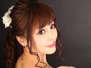 Diejek Jelek oleh Ibu Sendiri, Model Ini Habiskan Rp 3,9 M untuk Oplas