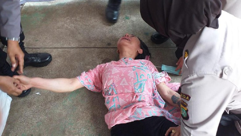 Ini Identitas Wanita Bertato yang Diamankan Polisi di Dekat MK
