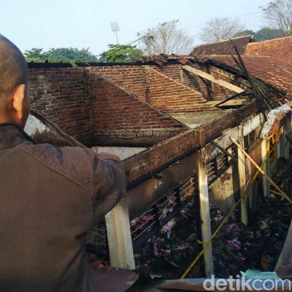 Kebakaran Pasar Ciamis Hanguskan 10 Kios, Ratusan Pedagang Tak Berjualan