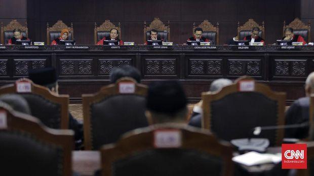 Jeda Sidang, Kuasa Hukum Prabowo Sebut 'Panggung Sandiwara'