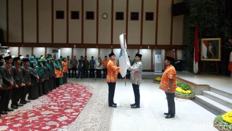Lepas Kafilah STQH DKI, Anies Minta Pertahankan Prestasi Juara Umum