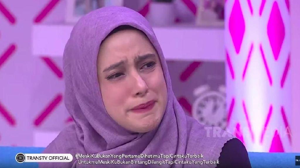 Tangis Fairuz A Rafiq Tumpah atas Ucapan Galih Ginanjar
