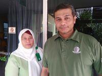 Direktur Pelayanan Medik yang juga Ketua Tim Siaga RS Budi Kemuliaan dr M Rifki. Dia didampingi Kepala bagian IGD, suster Sutiana.