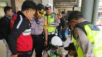 Stasiun Gubeng Dirazia Cegah Massa Bergabung di Demo Sengketa Pilpres