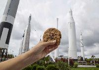Segera Rilis, Biskuit Chocolate Chip Pertama yang Dipanggang di Luar Angkasa