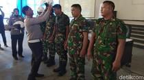 Polisi Sosialisasi Keselamatan Berkendara di Markas Marinir