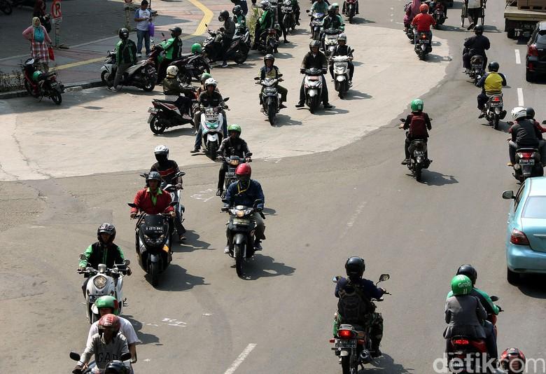 Muncul Wacana Ganjil Genap untuk Motor, Setuju atau Tidak?