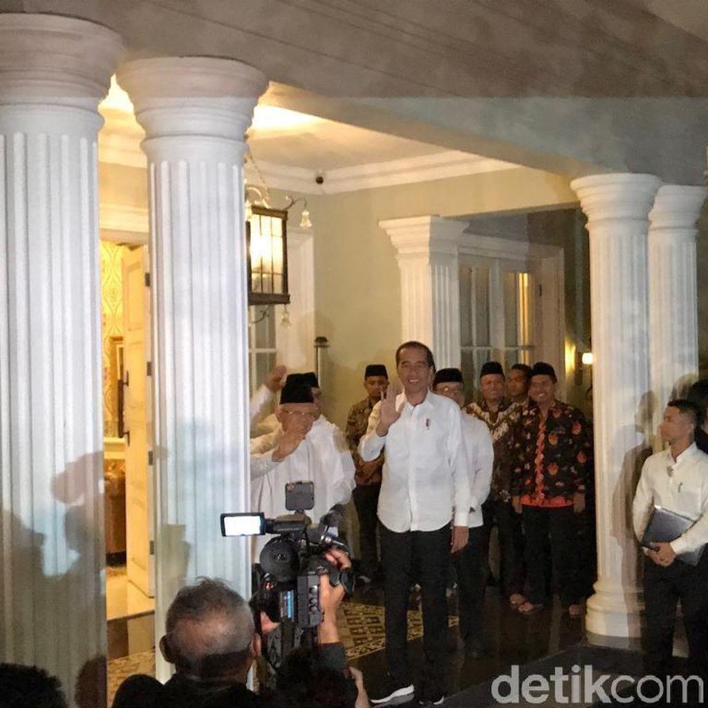 Jokowi Sambangi Maruf Amin di Tengah Pembacaan Putusan MK