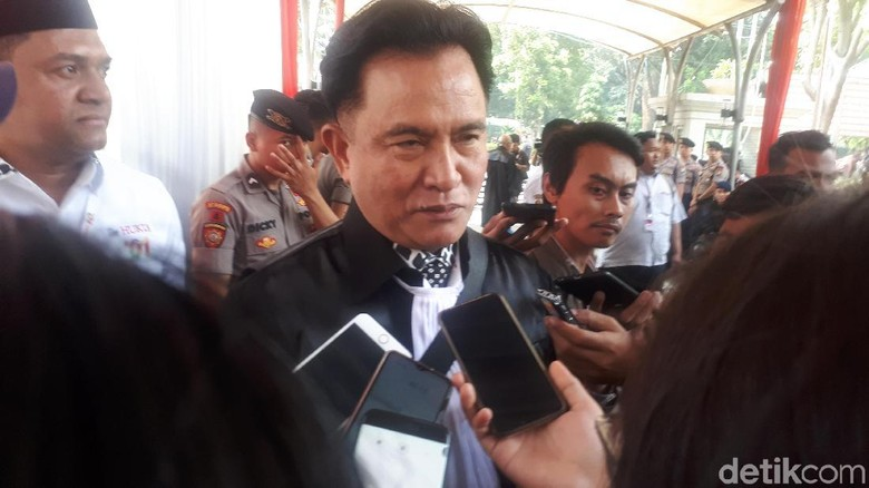 Yusril Anggap Belum Ada Bukti Prabowo-Sandi yang Diamini Hakim MK