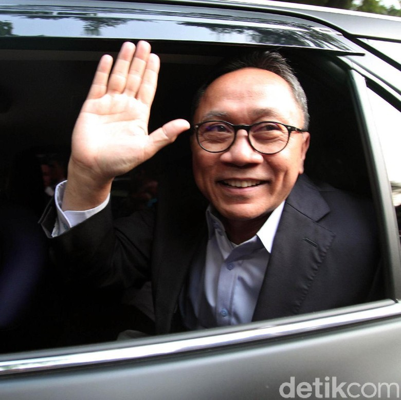 Jawaban Zulhas Ditanya Respons Amien Rais soal PAN Dukung Jokowi