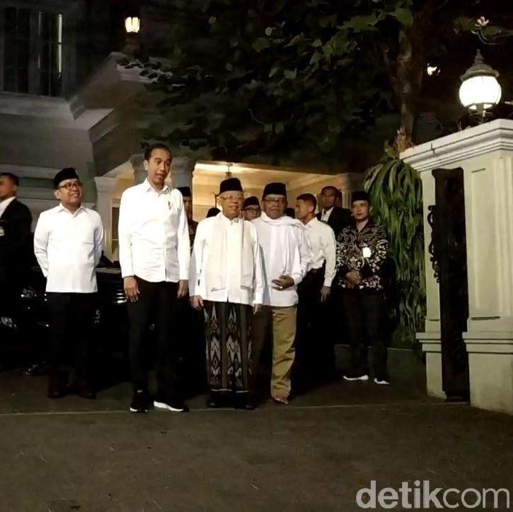 Tiba di Halim, Jokowi akan Beri Pernyataan soal Sidang MK
