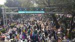 Potret Massa Aksi Kawal MK Salat Hingga ke JPO