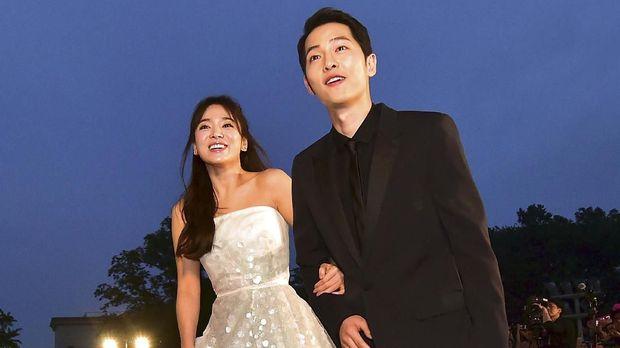 Song Joong-ki menggugat cerai Song Hye-kyo.