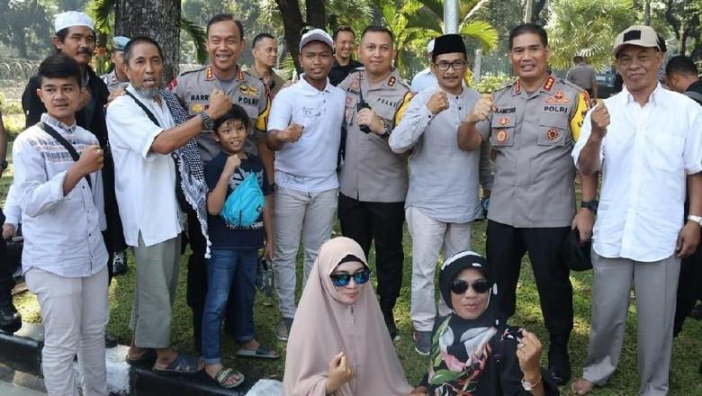 Kapolres Jakpus ke Massa: Tak Ada Halalbihalal di Depan MK, Pulanglah