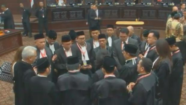 Tim hukum Jokowi