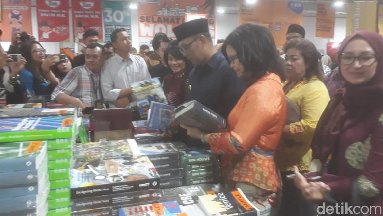 Buka Big Bad Wolf 2019, Ridwan Kamil: Melebihi Antrean Sembako