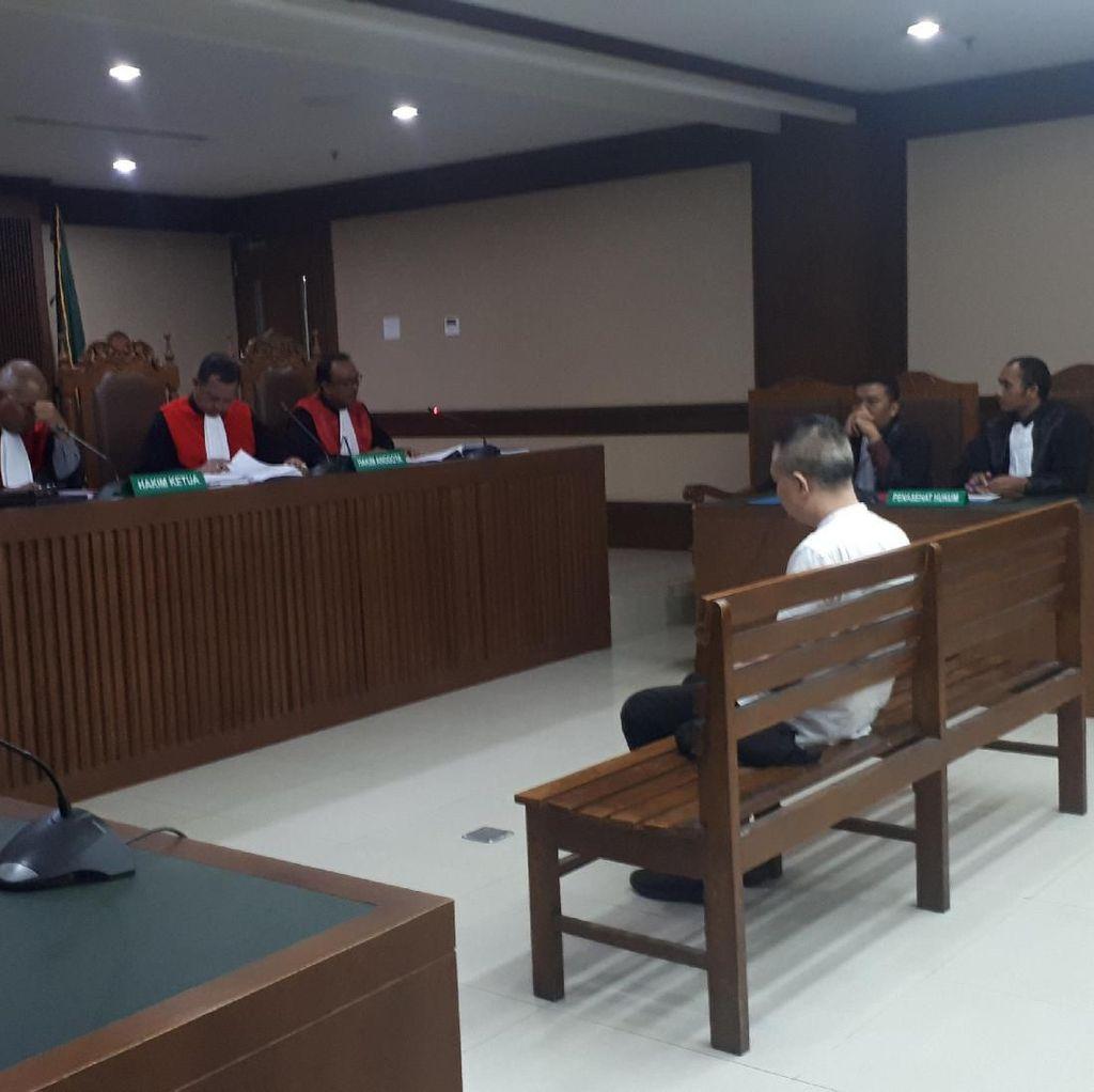 Terbukti Terima Suap, Eks Anggota DPRD Sumut Divonis 4 Tahun Bui