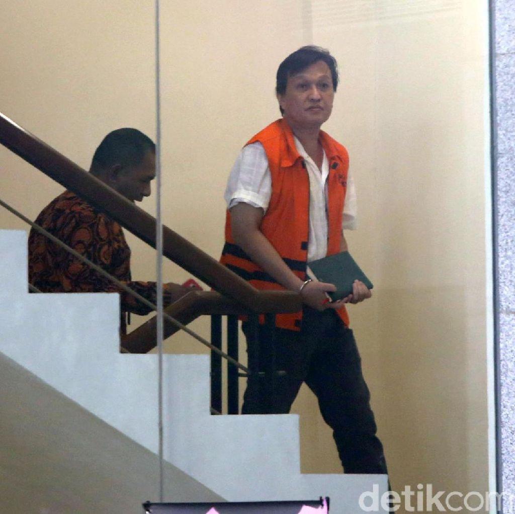 Selain Uang, Pengusaha Bernard Suap Bupati Talaud dengan Tas Mewah