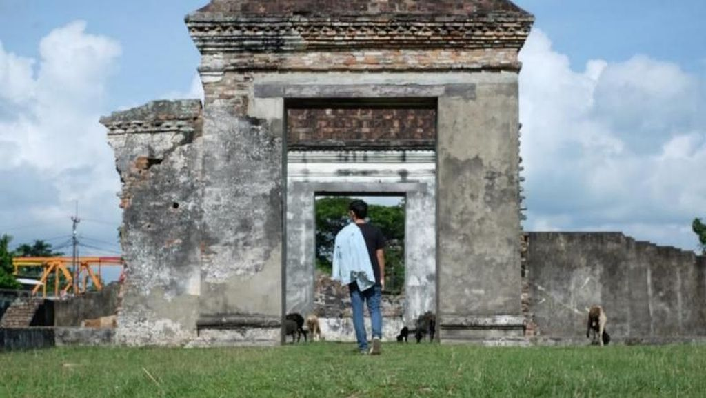 Mengagumi Banten Lama di Keraton Kaibon